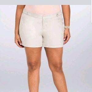 Torrid trouser shorts khaki nwot 20w,24w,28w